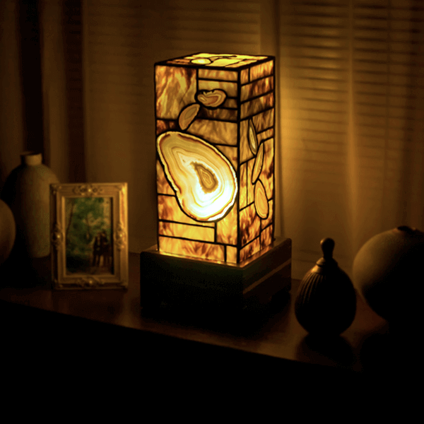 natural agate lamp 1945 for sale