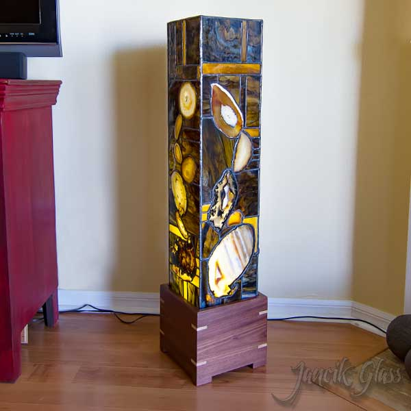 tall agate lamp daytime