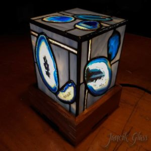 agate-lamp-1402a
